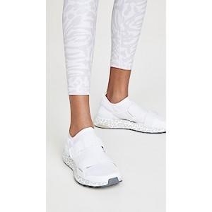 Ultraboost X S. Sneakers