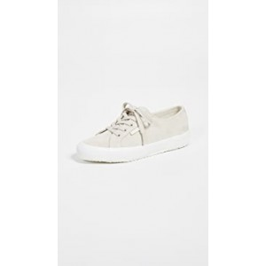 2750 Classic Suede Sneakers