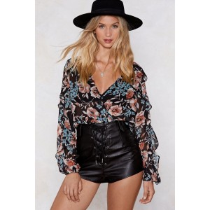 Make a Grow of It Floral Top