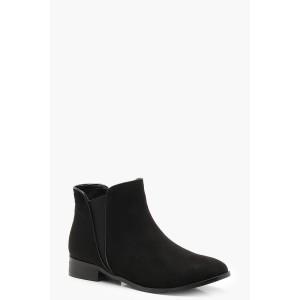 Contrast Edge Chelsea Boots