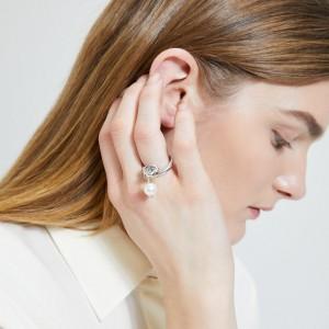 Ileana Makri Knot Ring With Pearl