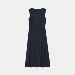 Seamed V-Neck Dress in Good Linen