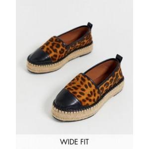 ASOS DESIGN Wide Fit Julee flatform espadrilles in leopard print
