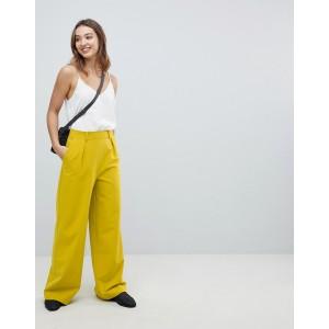 ASOS DESIGN Wide Leg Pants with Pleat Detail