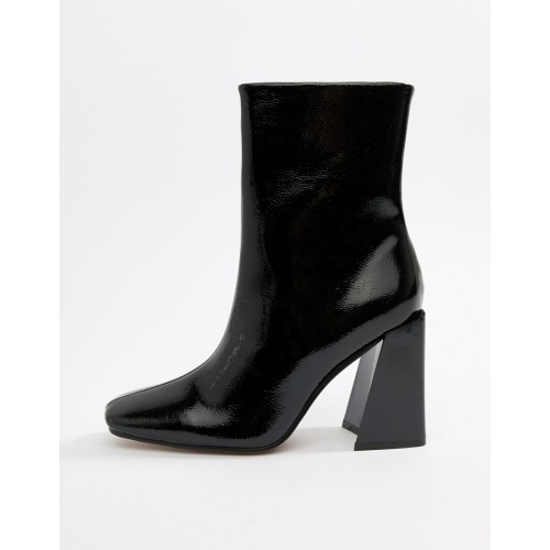 Missguided square toe new flare heeled ankle boot in black