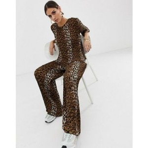 Na-kd plisse pants with leopard print in brown two-piece