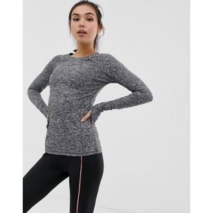 PrettyLittleThing gym top with long sleeve in gray marl
