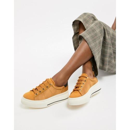 Stradivarius flatform sneaker in mustard