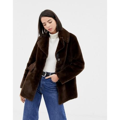 Warehouse faux fur coat in chocolate