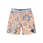 Boys 8-16 Highline Dreamer 17 Boardshorts