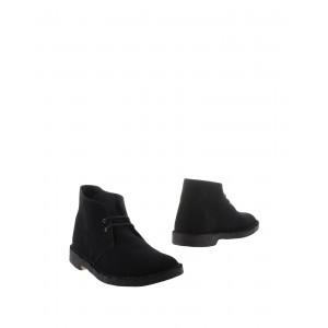 CLARKS ORIGINALS Boots