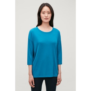 RELAXED ¾-SLEEVED TOP