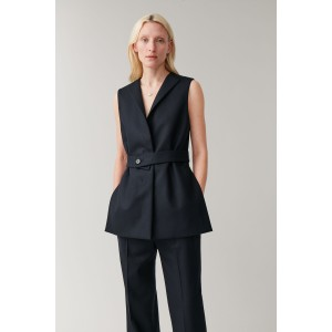 SLEEVELESS WOOL-CASHMERE BLAZER