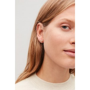 CURVED STUD EARRINGS