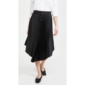 Pleated Scoop Hem Skirt