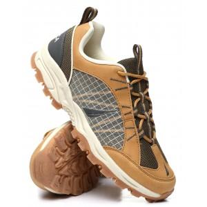 yuri hiking sneakers