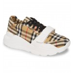 Regis Sneaker