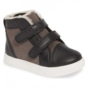 Rennon High Top Sneaker