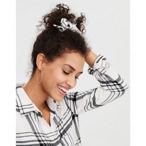 AEO White Flannel Bow Scrunchie