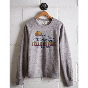 Tailgate Women's Yellowstone Fleece Sweatshirt