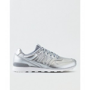 New Balance 696 Leather Sneaker