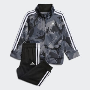 Classic Camo Jacket and Joggers Set