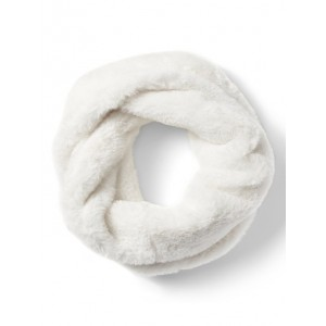 Twisted Faux Fur Snood Scarf