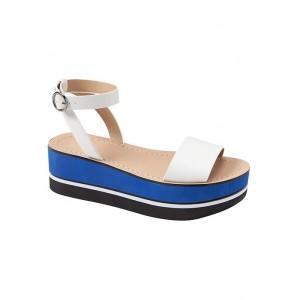 Bare Flatform Sandal