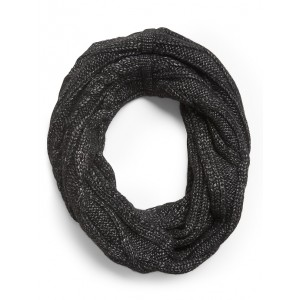 Metallic Cable-Knit Circle Scarf
