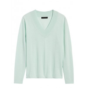 JAPAN EXCLUSIVE Washable Merino V-Neck Sweater