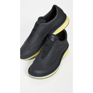 Rolling Sneakers