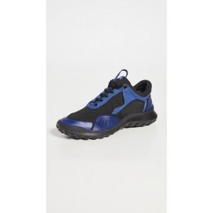 Film Sneakers