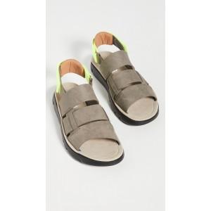 Oruga Sandals