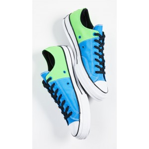Chuck 70 Neon Oxfords