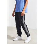 UO Side Tape Wind Pant