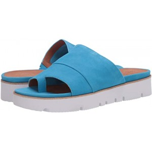 Gentle Souls by Kenneth Cole Lavern Bright Blue Suede