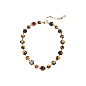 16 Crest Collar Necklace