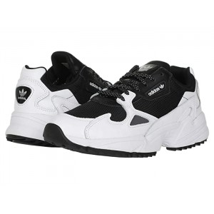 Falcon Trail Core Black/Footwear White/Night Metallic