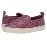 C115 Slip-On Sneaker with Cut Out Tea Rose Primrose