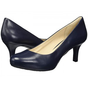 Seven to 7 Low Pump Dark Sapphire Leather
