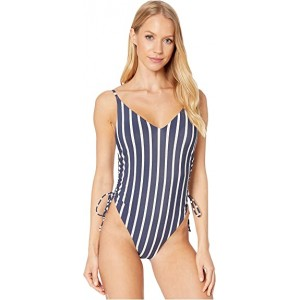 Print Beach Classics Fashion One-Piece Swimsuit