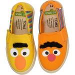 TOMS Kids Sesame Street Luca (Toddleru002FLittle Kid) Yellow/Orange Bert and Ernie Face Canvas