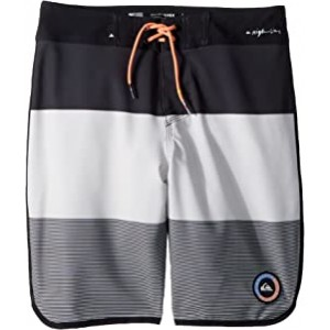 Highline Tijuana Scallop Boardshorts (Big Kids) Micro Chip
