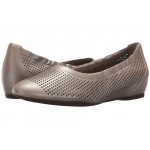 Total Motion 20mm Hidden Wedge Luxe Perf Slip-On Dove