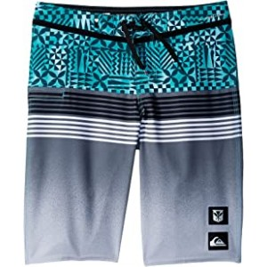 Highline Division Hawaii Boardshorts (Big Kids) Green Ash