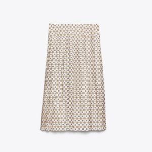 Carmine Skirt