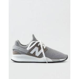 New Balance 247V2 Sneaker