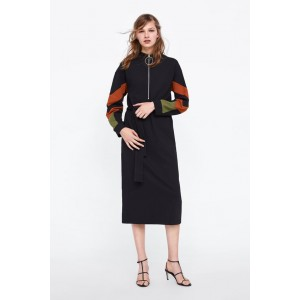 DRESS WITH CONTASTING SLEEVES