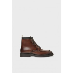 BROWN LACED LEATHER BOOTS