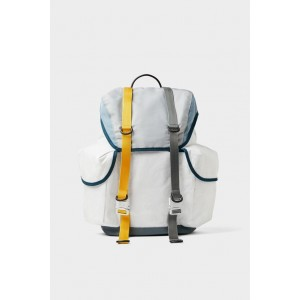 WHITE MULTI-POCKET BACKPACK